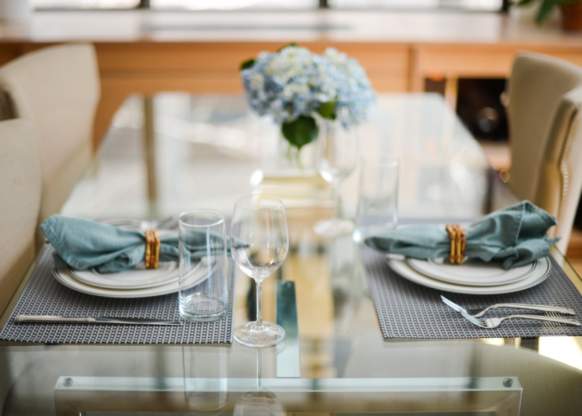 Ideas for blue table settings