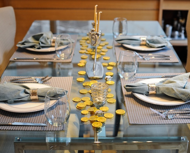 Set the Table: Channukah Dinner