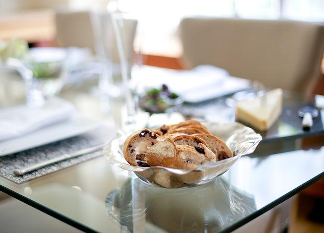 Set the Table: Host a Champagne CelebrationFH-47-2670322000-O