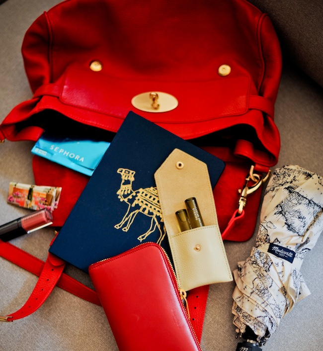 What's in my Fall Bag - FashionableHostess.com