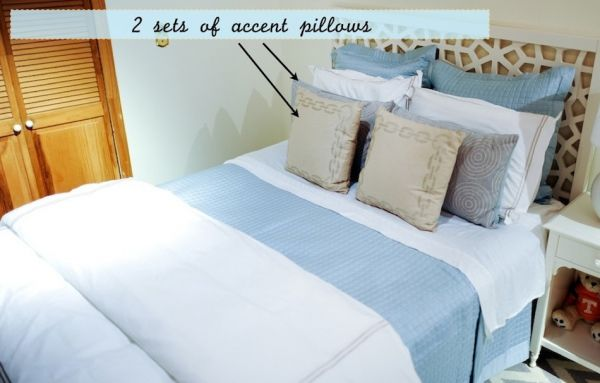 Safavieh Accent Pillows, Overstock.com bedding, Chainlink Print Pillows