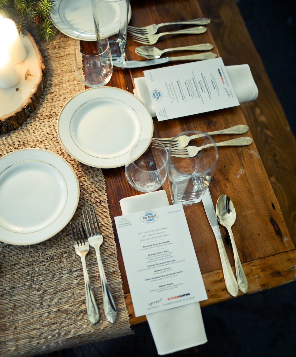 Table Setting by FashionableHostess.com