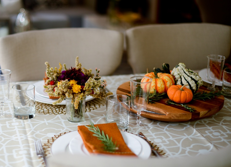 DIY Thanksgiving Centerpiece // FashionableHostess.com