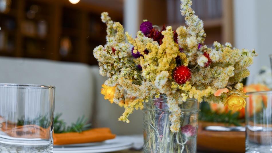 Mason Jar Vase // FashionableHostess.com