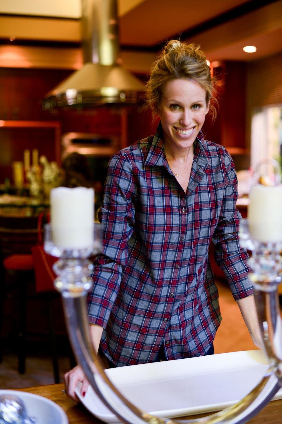 Fashionable Hostess preps Pudding Tray