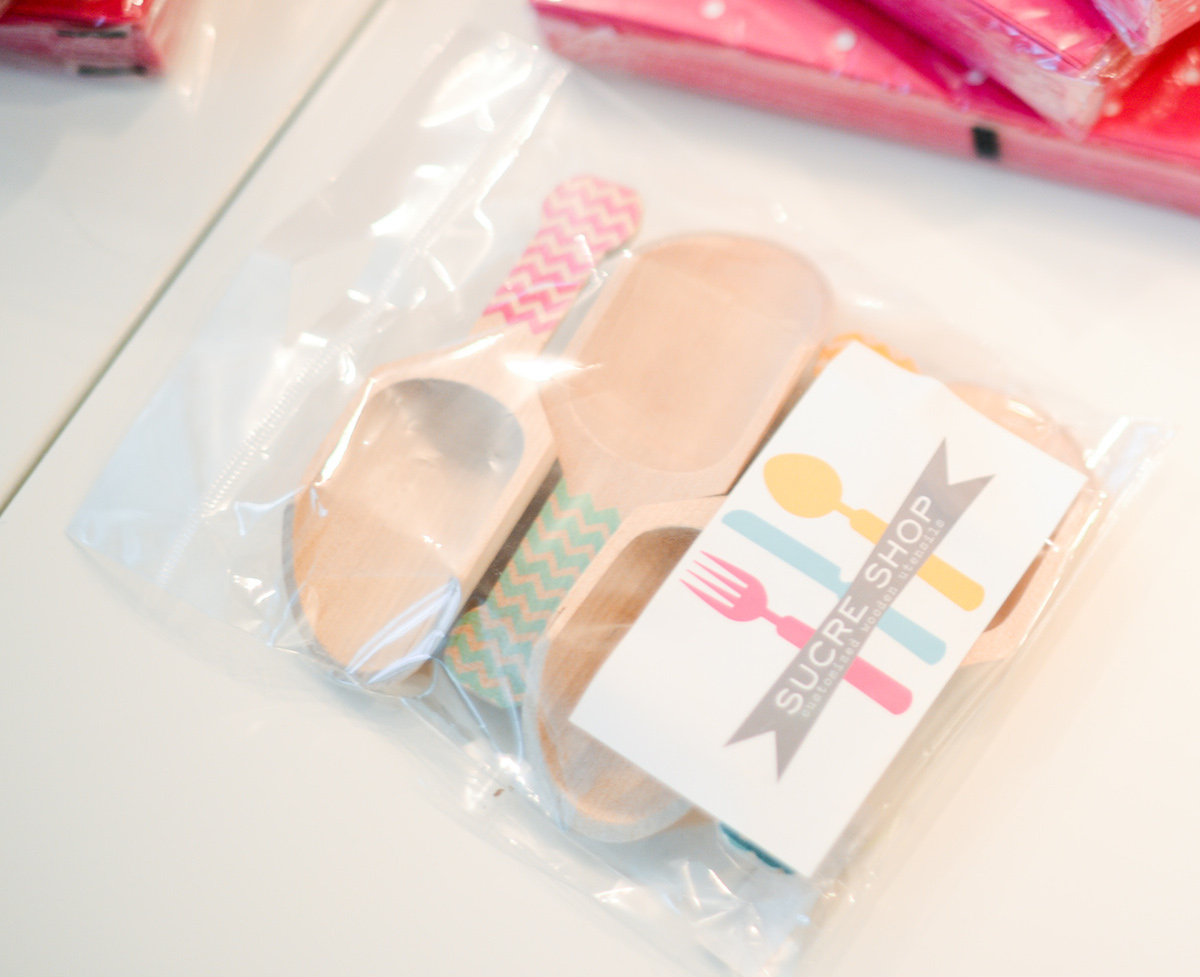 Wooden Candy Scoopers - Baby's 1st Birthday Party // FashionableHostess.com