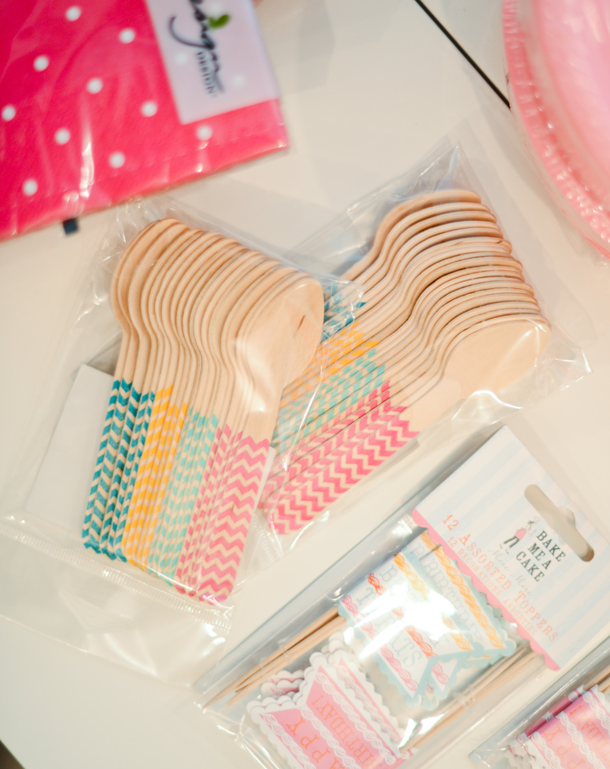 Wooden Baby Spoons with Chevron Detail - Baby's 1st Birthday Party // FashionableHostess.com