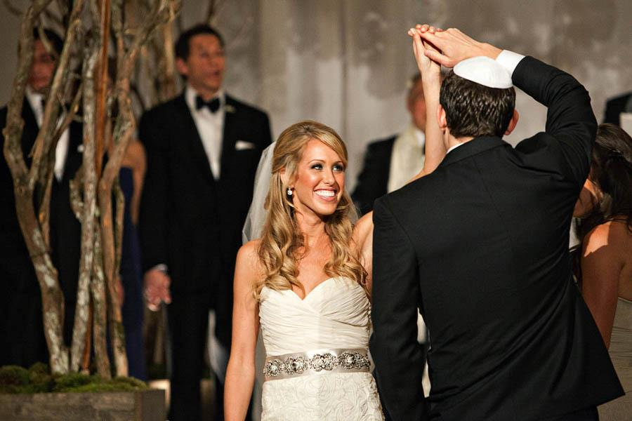 Amanda Saiontz Gluck, Fashionable Hostess Bride