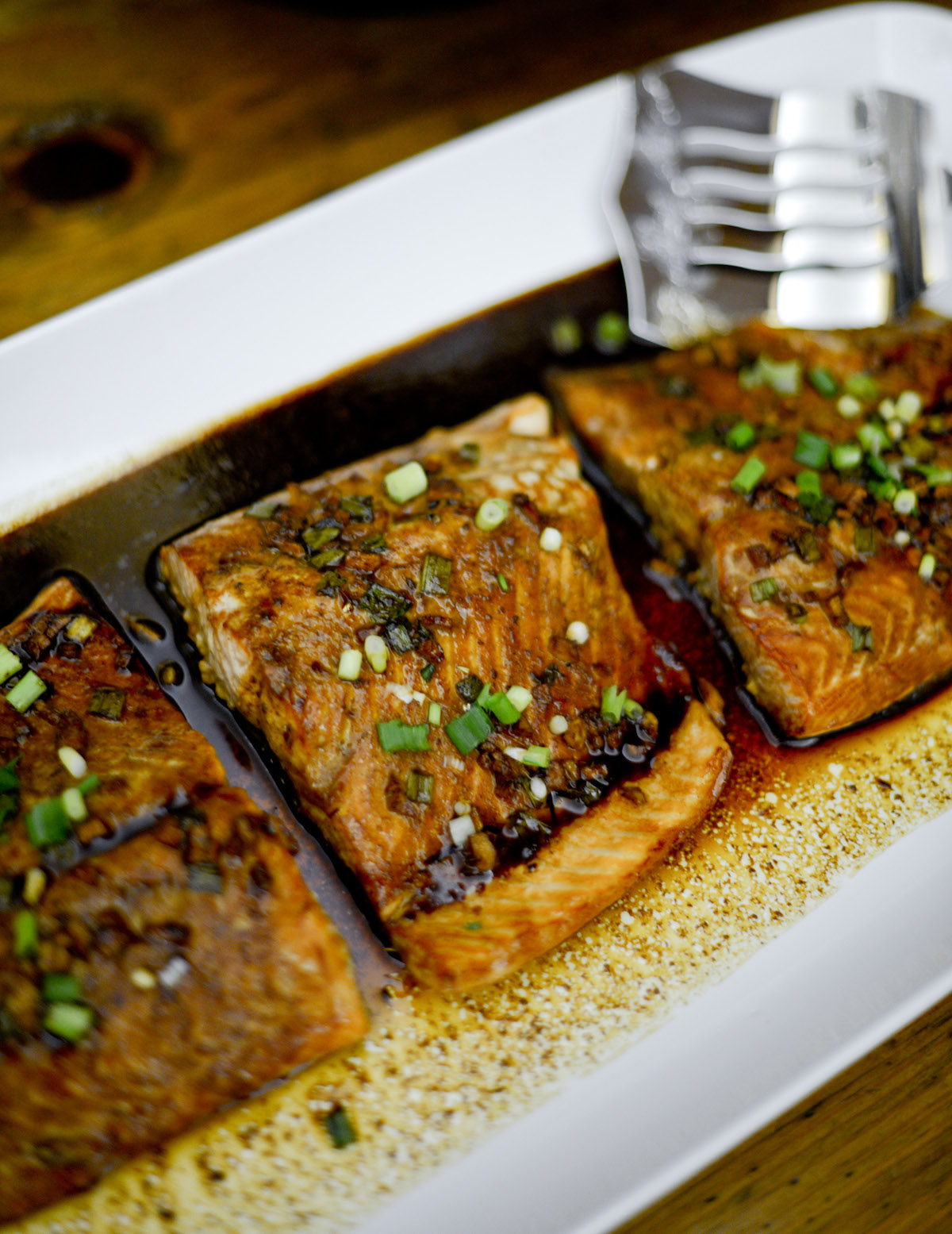 Serve! Asian Glazed Salmon - FashionableHostess.com