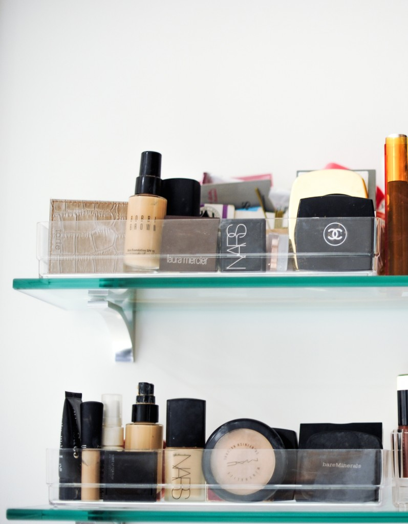 Organize your Makeup with Linus Shallow Drawer Organizers
