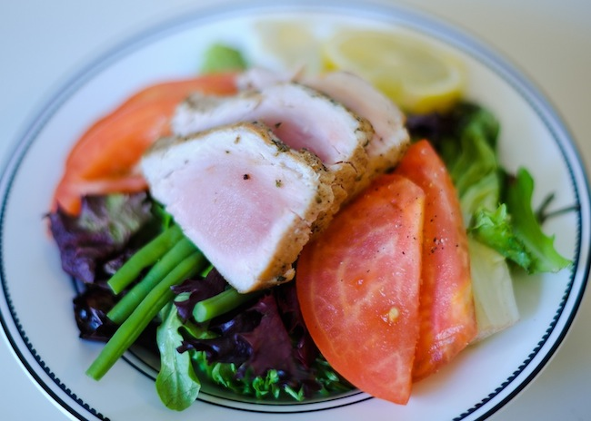 Fresh Tuna Nicoise Salad :: FashionableHostess.com