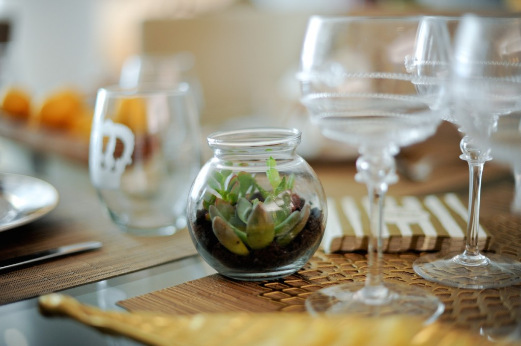 Simple Plants for Summer Table // FashionableHostess.com