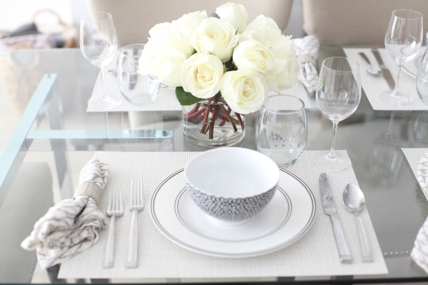 Black and White table setting with white roses