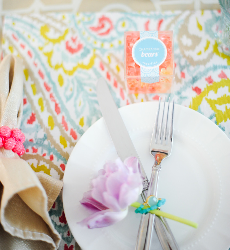 DIY table setting idea - jewelry napkin rings
