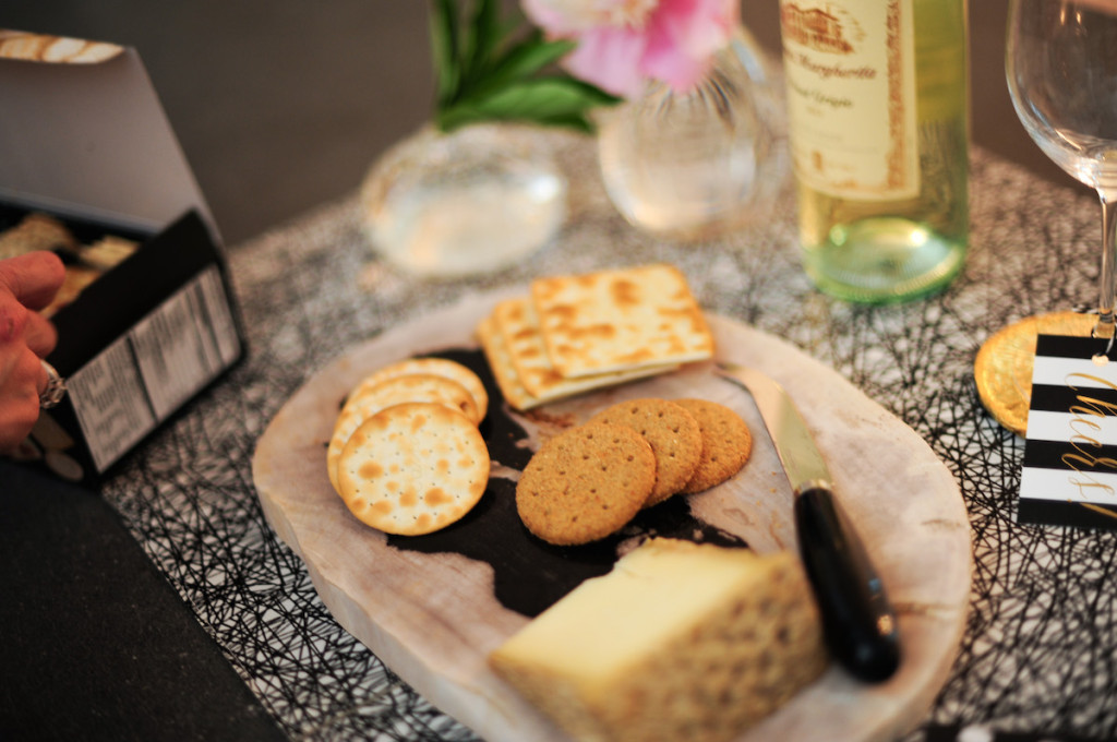 Carr's Entertainment Cracker Collection, crackers for wine and cheese party