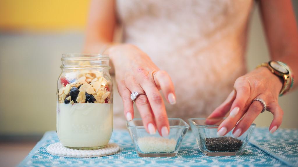 yogurt parfait with flax and chia seeds