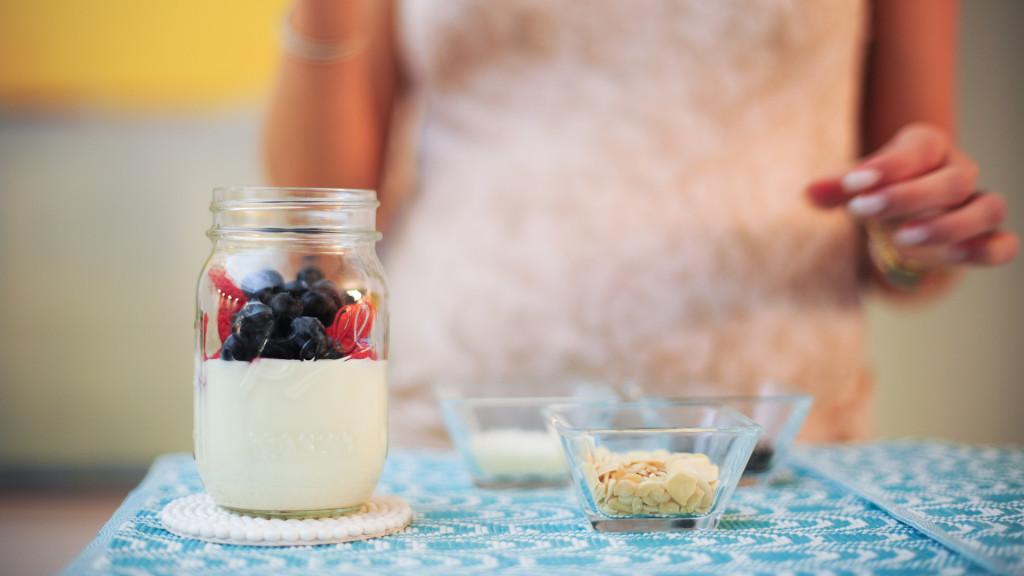 yogurt parfait with fruit and sliced alomnds