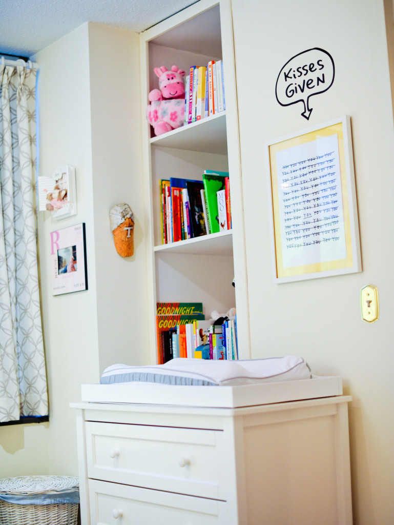 Baby nursery bookshelves