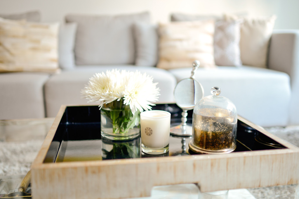 Style your Coffee Table - Fashionable Hostess Living Room