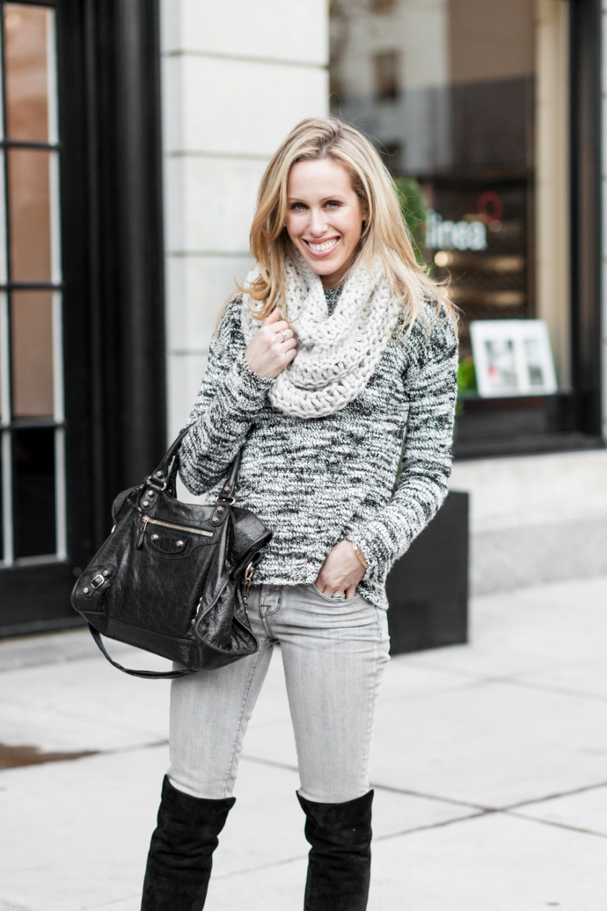 Amanda Gluck of Fashionable Hostess in Flatiron NYC wearing Alice & Olivia, Stuart Weitzmann and Balenciaga