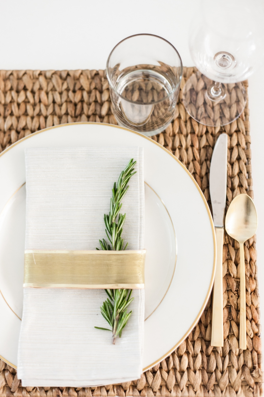 DIY Place card settings for the Holidays using Rosemary and gold ribbon