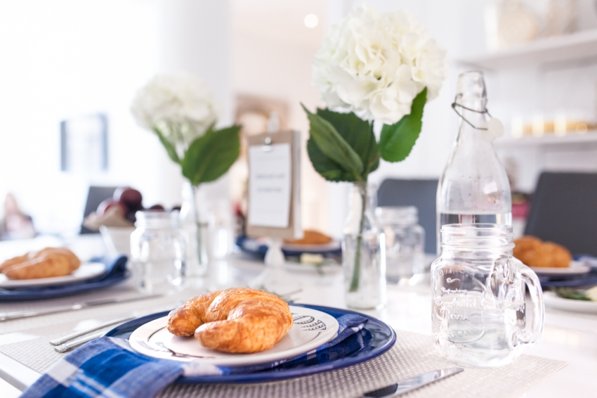 Host a gorgeous breakfast at home by Fashionable Hostess