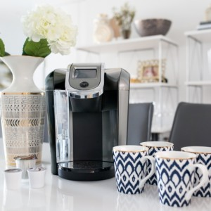 Keurig 2.0 hot beverage brewing system on Fashionable Hostess