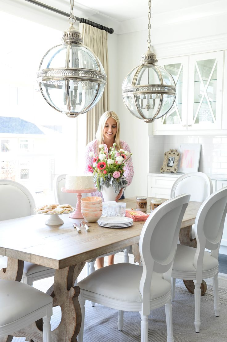 Wooden Breakfast Table + White Chairs for your Kitchen