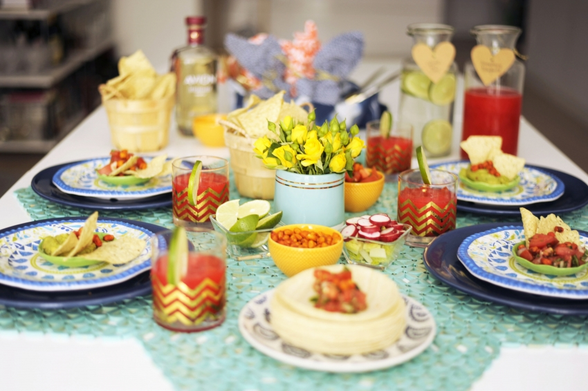 Host a Cinco de Mayo Party at home with margaritas and tacos-E
