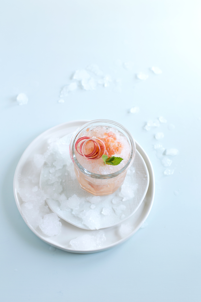 Perfect Summer Coktail Idea- Rhubarb Mint Julep Recipe
