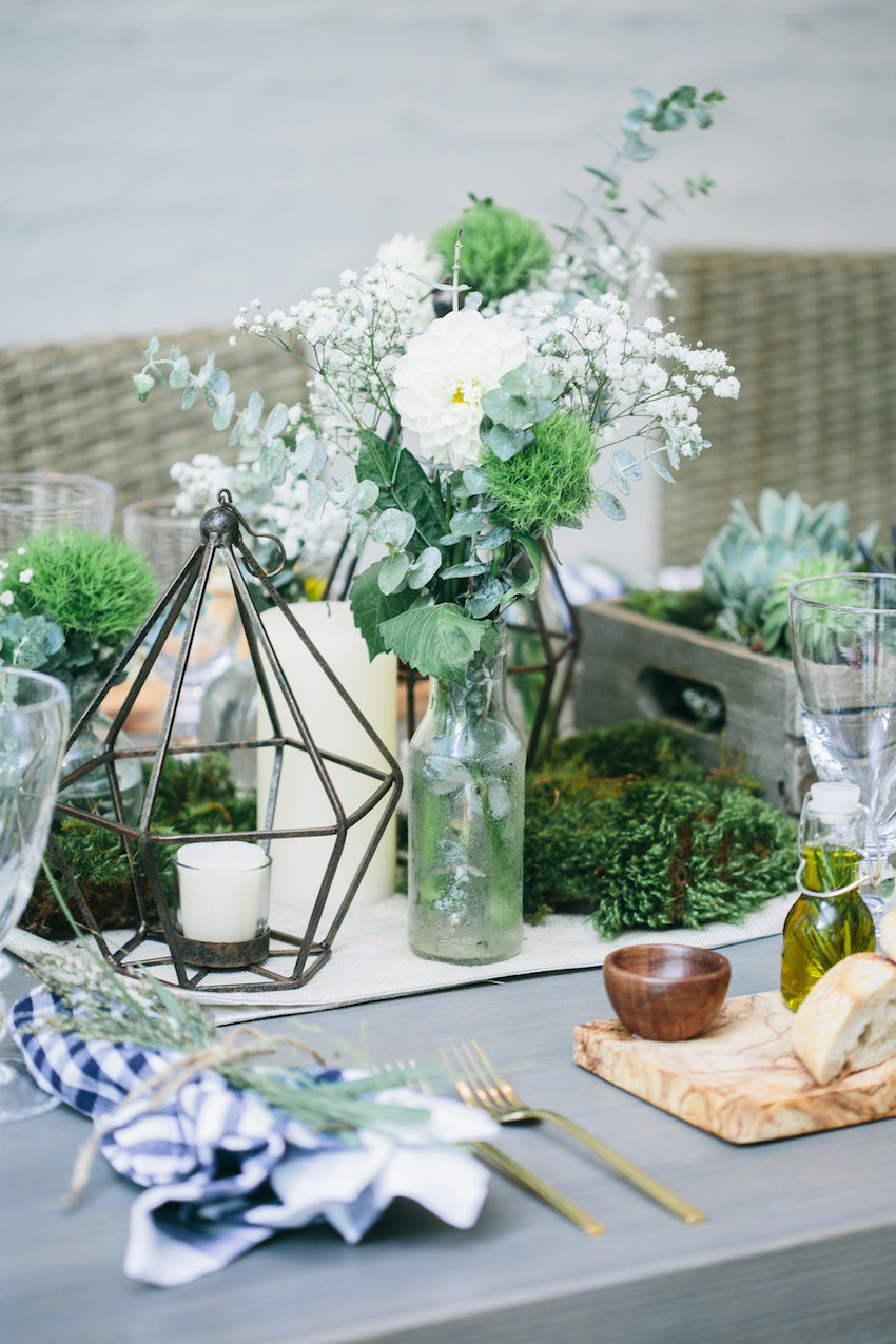 Host an Outdoor Dinner Party