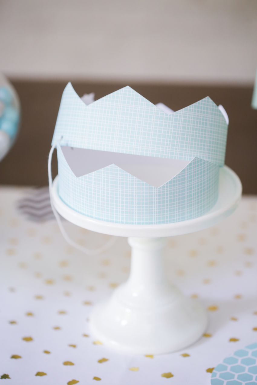Minted Crowns for Boy Birthday on FashionableHostess.com