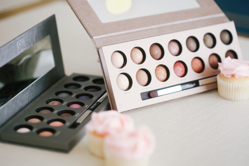 Laura Geller Baked EyeShadow Pallette on Fashionable Hostess 4