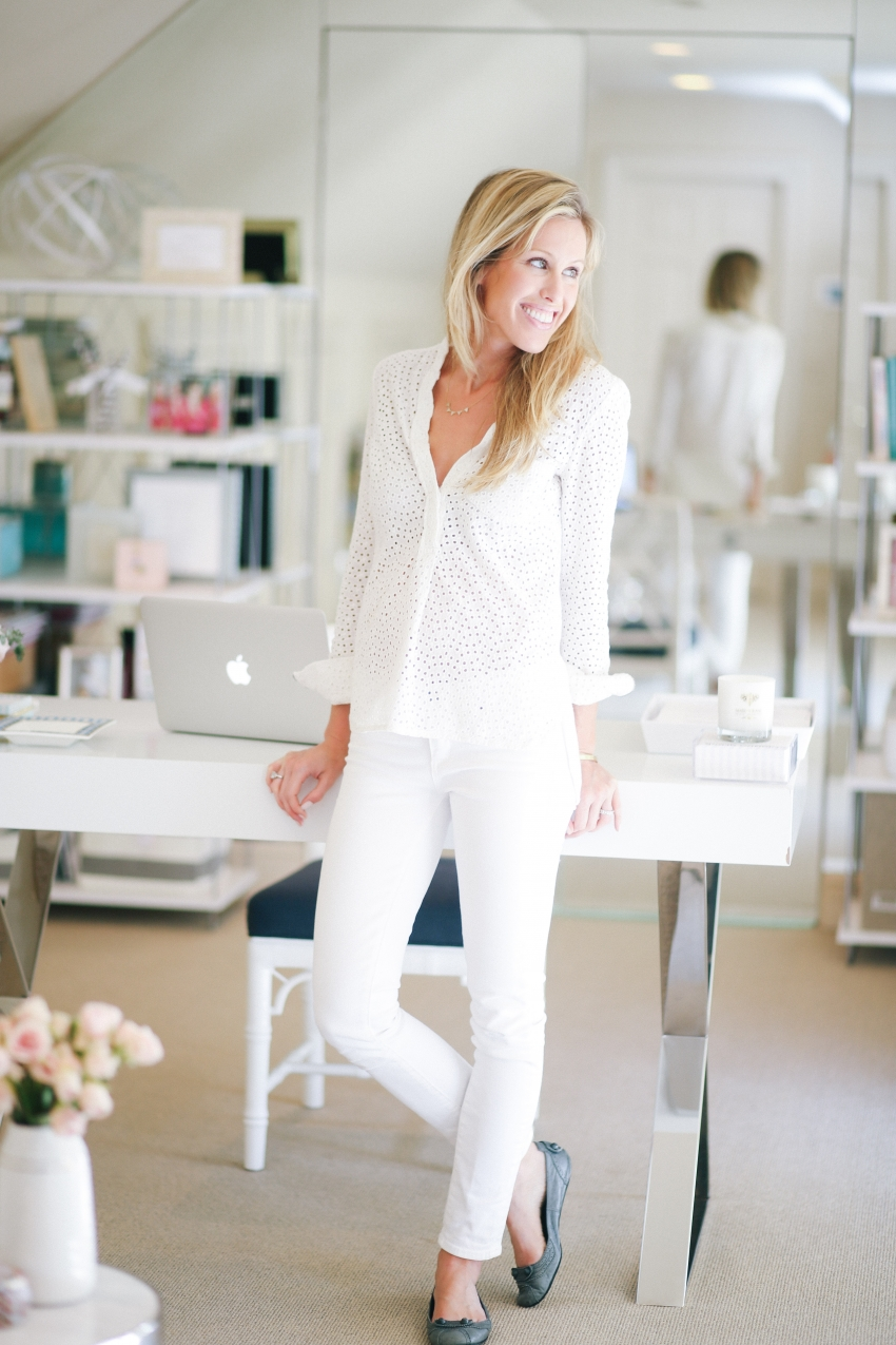Fashionable Hostess Office Tour