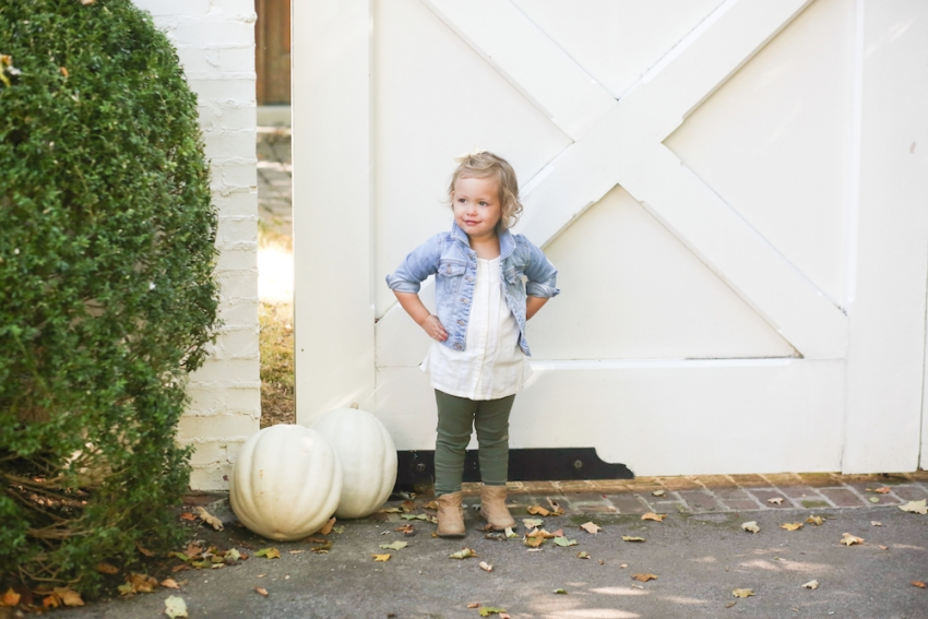 Reese wearing Old Navy Toddler for Fall Outfit @oldnavy on FashionableHostess