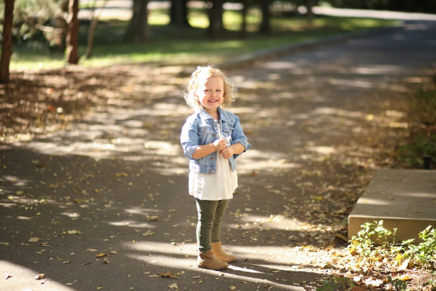 Reese wearing Old Navy Toddler for Fall Outfit @oldnavy on FashionableHostess3