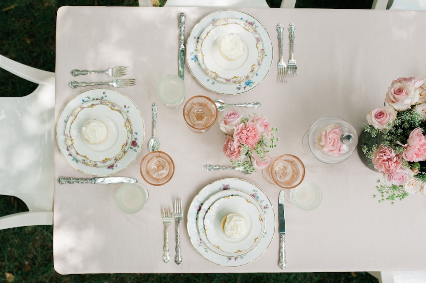 Blush Wedding Tabletop with Fashionable Hostess11