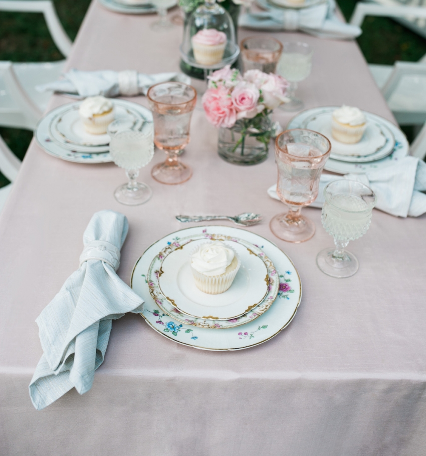 Blush Wedding Tabletop with Fashionable Hostess1.jpgnew