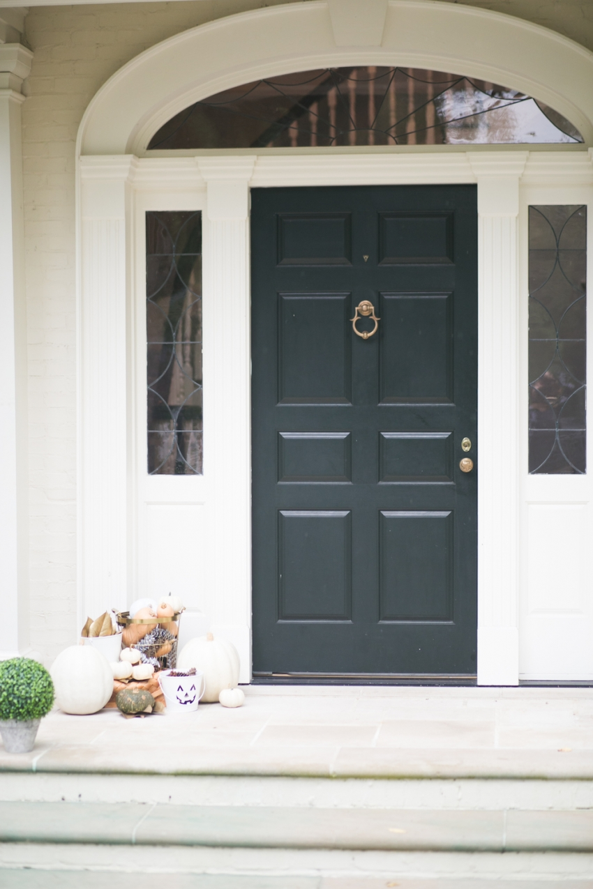 Classic Black Southern Door for Fall Decor on Fashionable Hostess