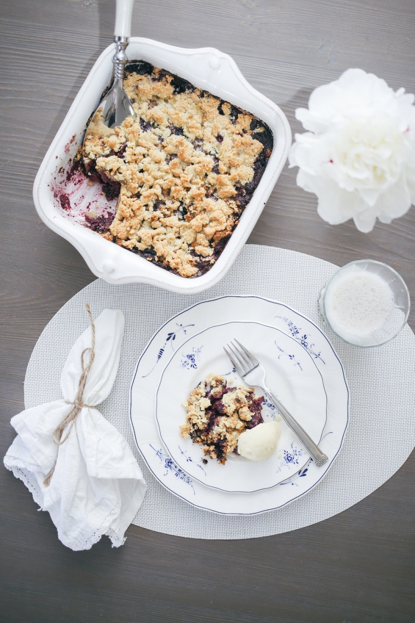 Berry cobbler by Fashionable Hostess 11