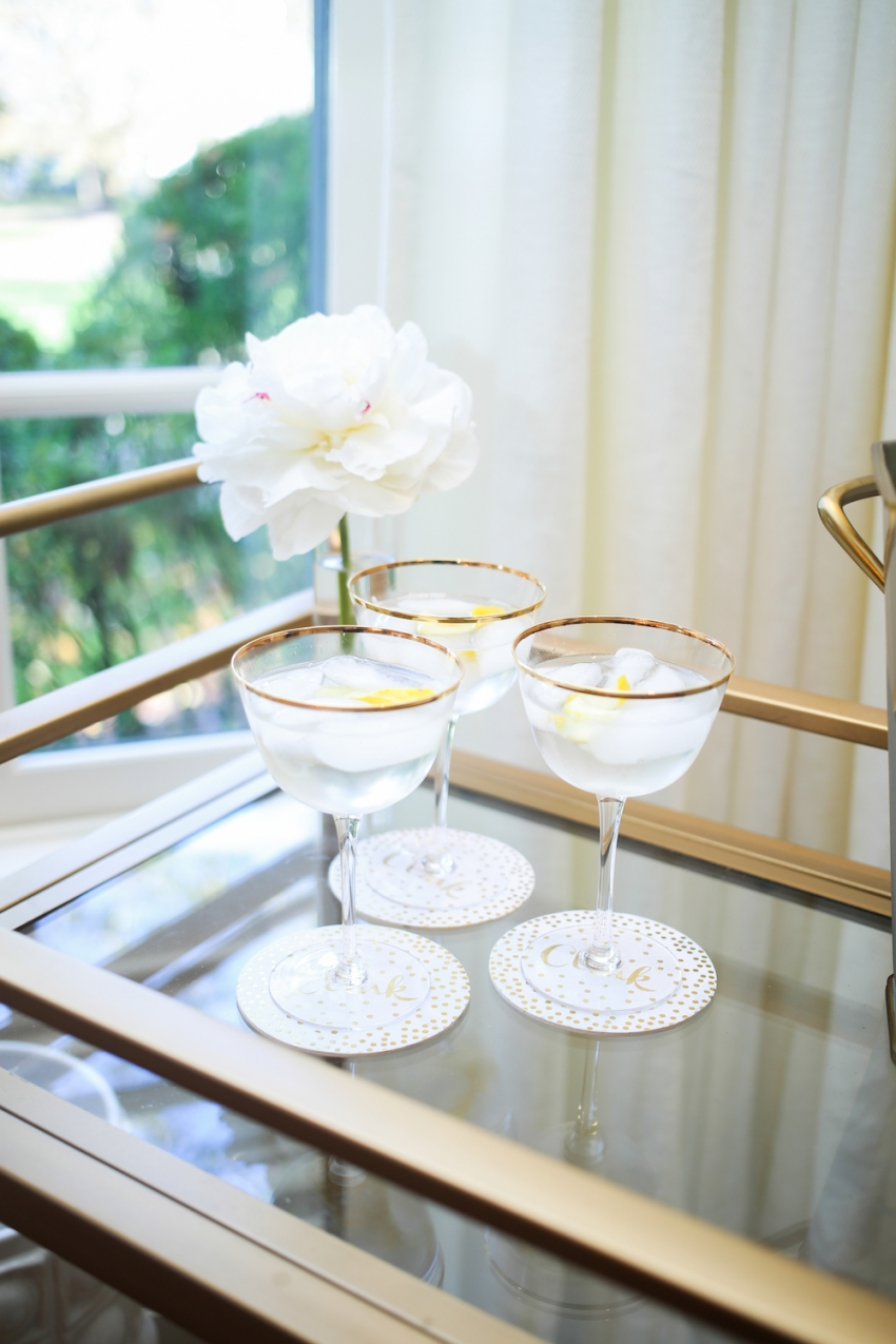 Champagne spritzer cocktail ideas for the Holidaysby Fashionable Hostess