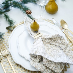 Thanksgiving TableSetting inspiration from Fashionable Hostess1