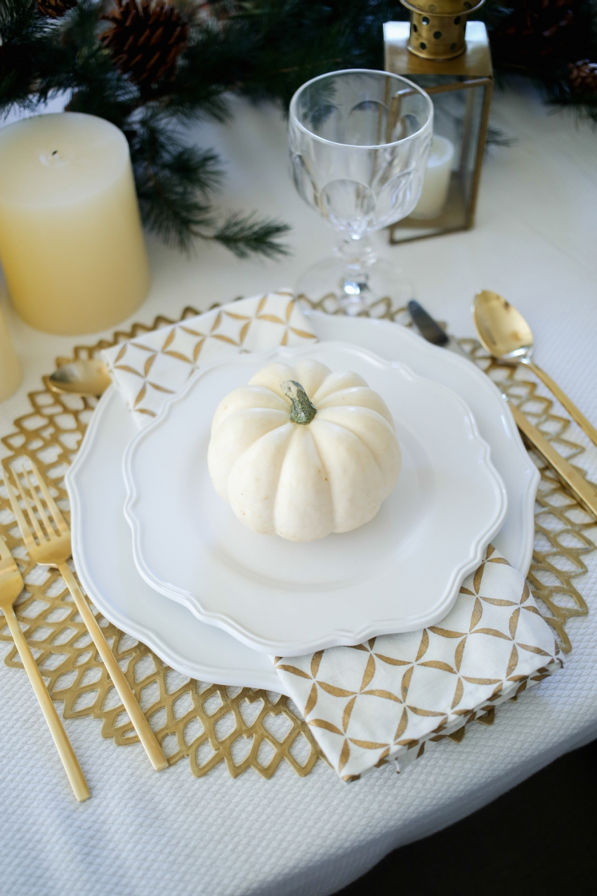 Thanksgiving TableSetting inspiration from Fashionable Hostess6