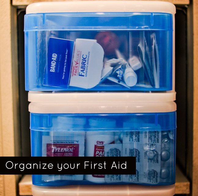 Organize your First Aid - Fashionable Hostess